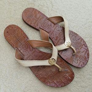 TORY BURCH Flat White + Brown Thong Sandal…